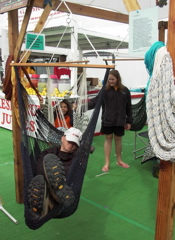 hammock-suspension-swing-patrons-PICT2272